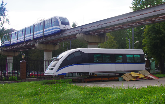 01-Moscow_monorail_sample_car
